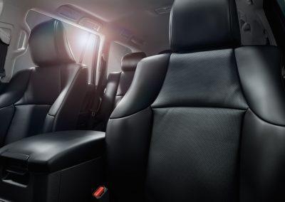 toyota-land-cruiser-2017-interior-tme-013-a-full_tcm-18-1133321